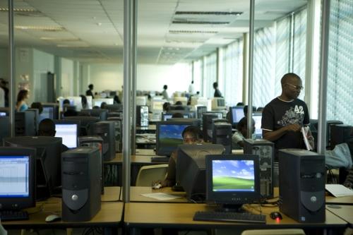 IT Telecom Engineers 6