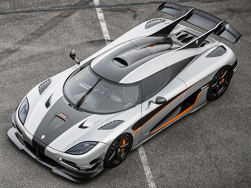 2014 Koenigsegg Agera One 1; top car design rating and specifications