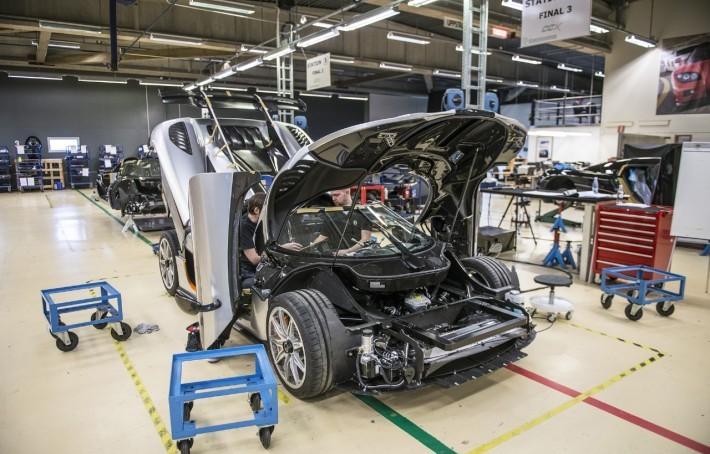 Koenigsegg-One1-7-710x473