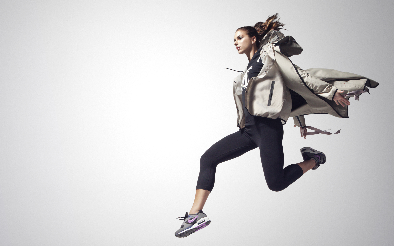 Nike_Women's_Pinnacle_Collection_Look_Book_Image_original