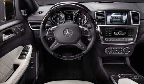 Mercedes-Benz GL-Class 3
