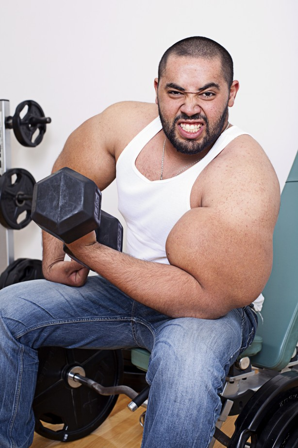 biggest bodybuilder moustafa ismail 12