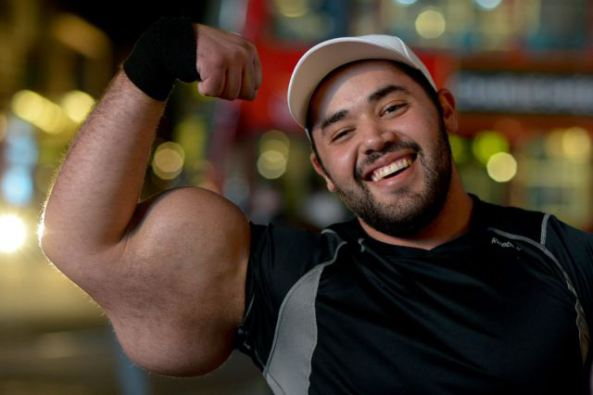 biggest bodybuilder moustafa ismail 3