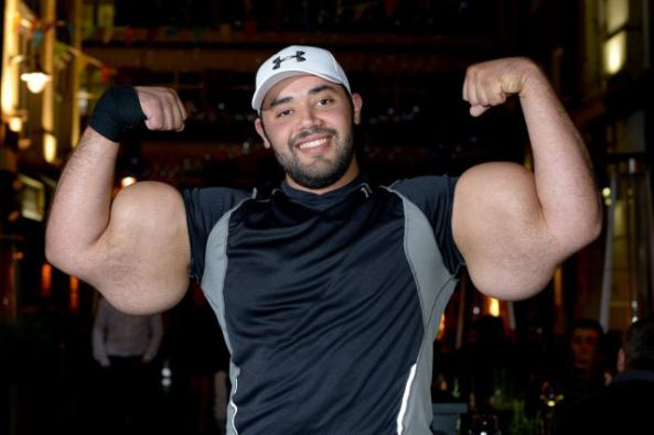 biggest bodybuilder moustafa ismail 7