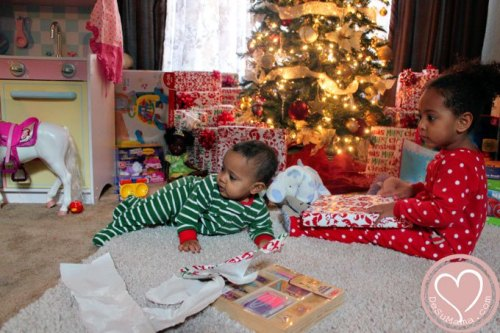 holiday-traditions-kids-pj_zpscab3db53