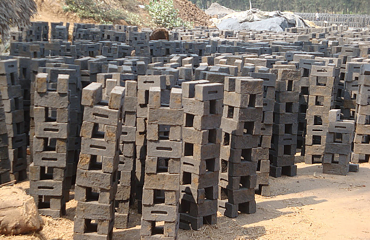 Innovative-Building-Materials-Rice-Husk-Ash-brick2