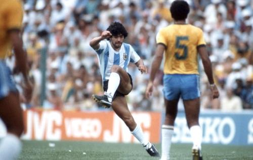 """Maradona`s """"rabona"""""""