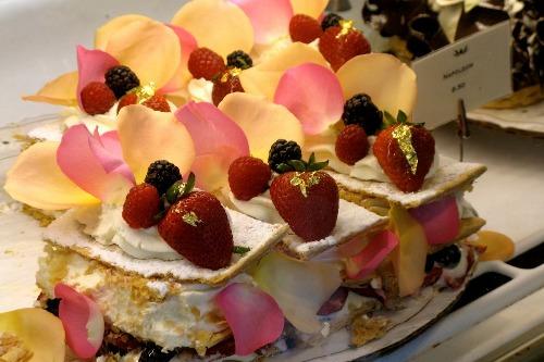 extraordinary-desserts_54_990x660_201404212220