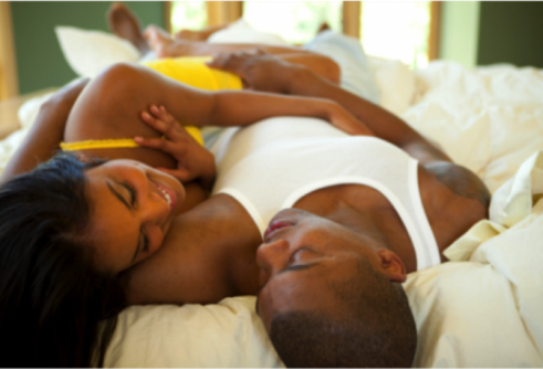 black-man-and-woman-in-bed