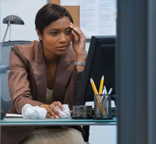 black-woman-in-office-378x350