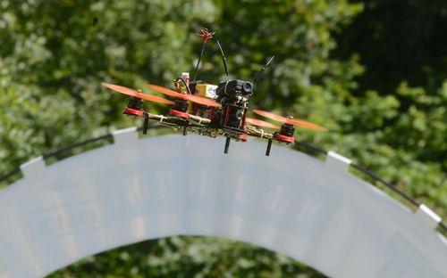Drones races 7