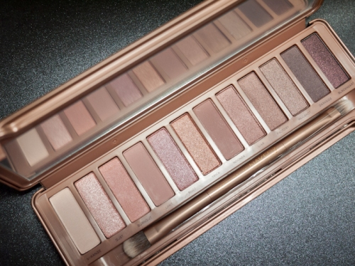 Urban Decay Naked 8 eye shadow palette 3