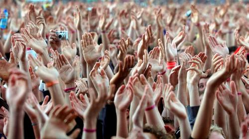 crowd-of-music-fans-waving-their-hands-axiom-photographic
