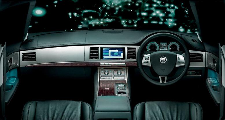 car-interior-design-dubai