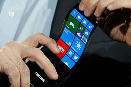 400px-Samsung_flexible_AMOLED_phone