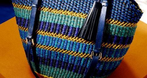 AAKS-handcrafted-handbags-ghana-afrocosmopolitan-T-H-E-M-A-N-N-I-B-A-G