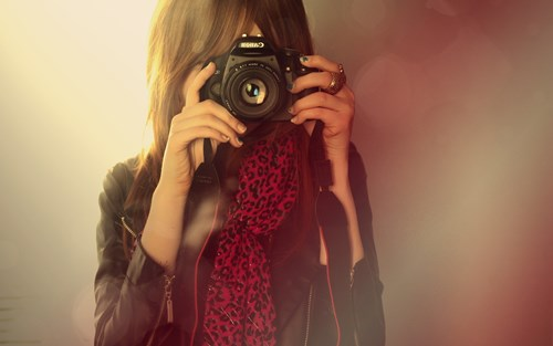 Girl-with-camera-canon-HD-Wallpaper-for-PC