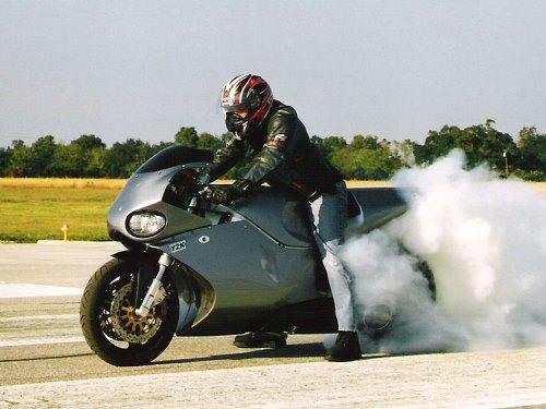 MTT Turbine Superbike Y2K 4