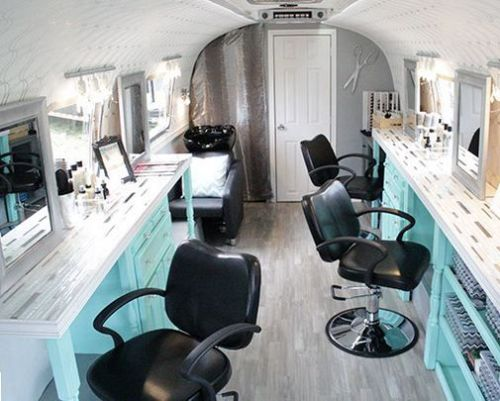 Mobile beauty salon 2