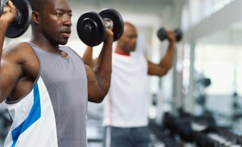 man-lift-weights-gym11-660x400