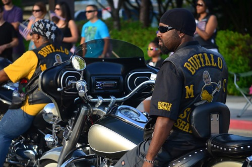 military-service-parade-tacoma-buffalo-soldiers-motorcycle-club