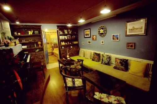 quan-cafe-vintage-dep-giua-long-ha-noi