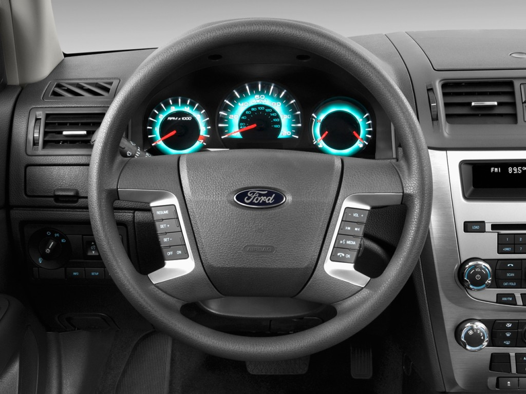 2011-ford-fusion-4-door-sedan-se-fwd-steering-wheel_100322342_l