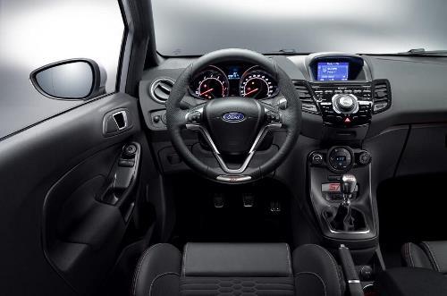 Ford Fiesta ST 200 4