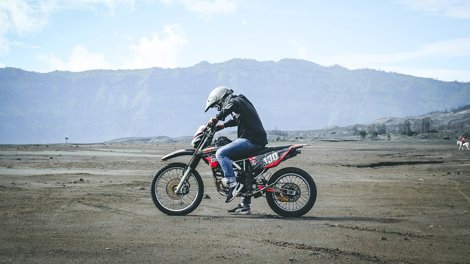 motorbike-1208278_960_720