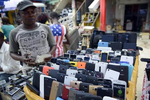 nigeria-phone-vendor