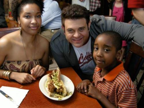 man-vs-food_ep_richmond.rend.tccom.511.384