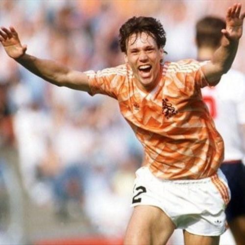 1988, Van Basten, Olympiastadion, Munich. European championship 1988