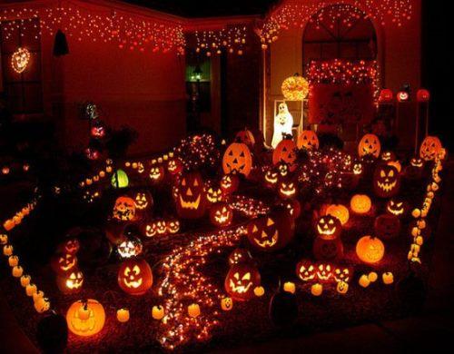 Halloween-Decorations-466-2-550x429