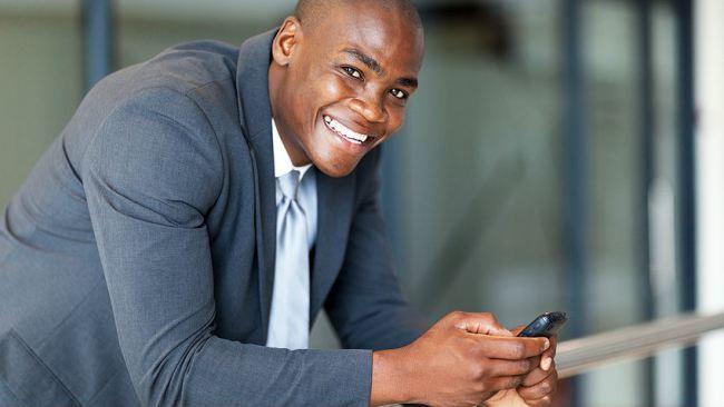 black-man-cell-phone-tech