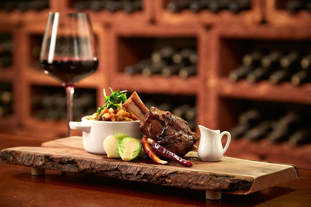 food-photography-red-wine-entree