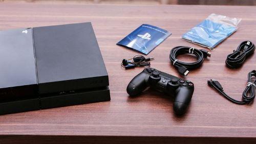 Sony_PS4_35618167_02