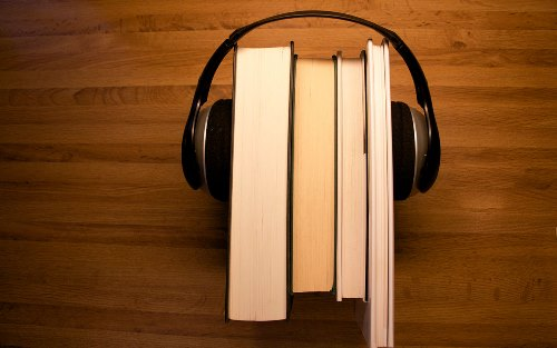 reading-v-audio-books