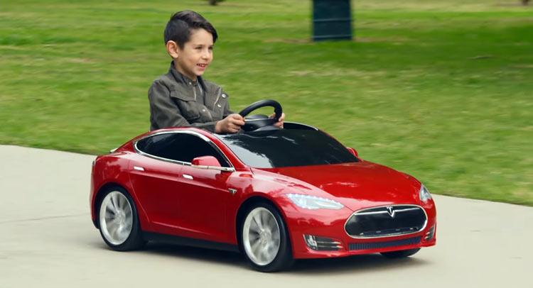 Tesla-Model-S-Radio-Flyer-355