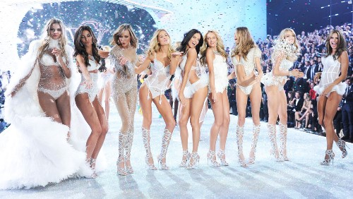 2013 Victoria's Secret Fashion Show - Runway and Performance