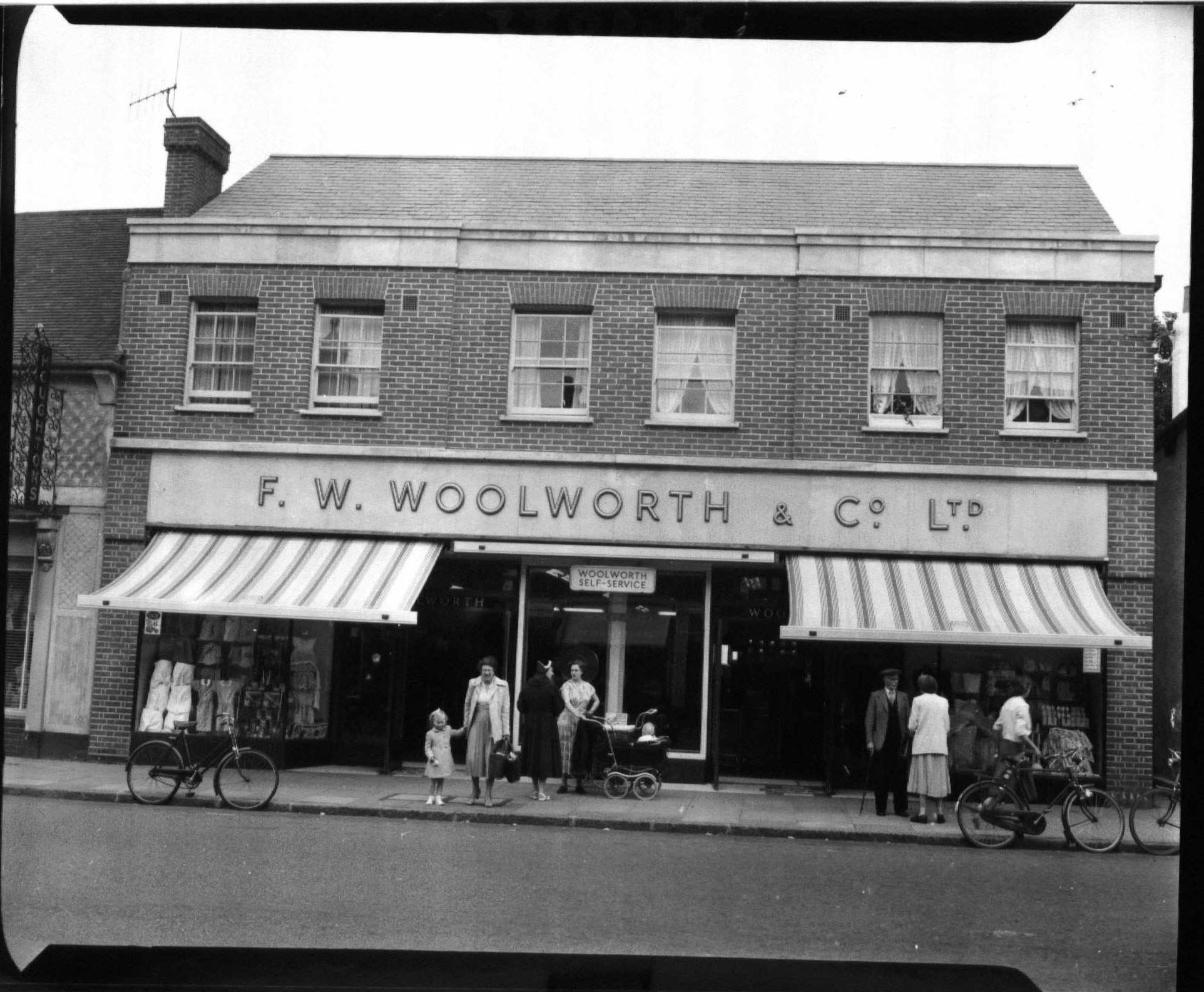 billericay-woolworths-1950s1