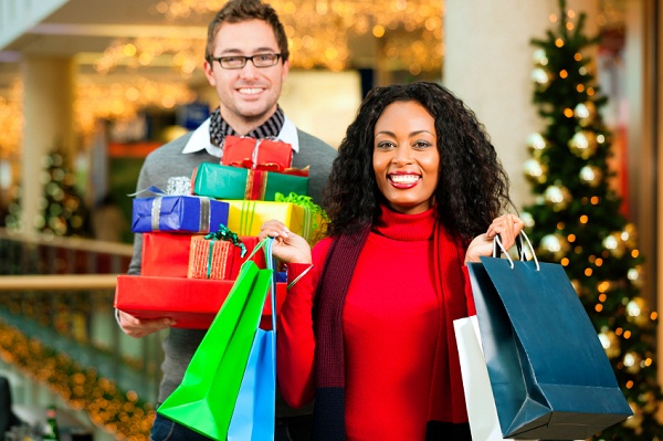 happy-holiday-shoppers