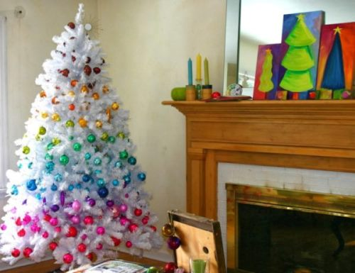 white-christmas-tree-with-rainbow-decorations-600x462