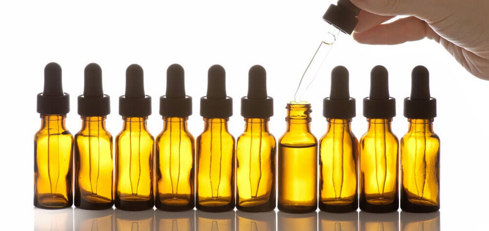 making-your-own-beard-oil-vs-buying-it