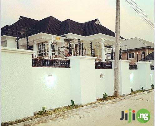 Timaya house