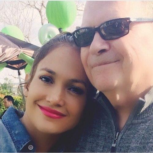 Jennifer Lopez dad
