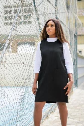 pinafore dress style