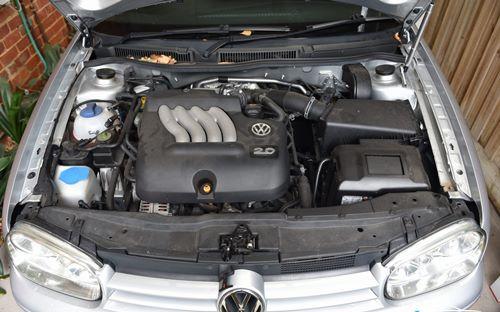 Volkswagen Golf 4 2004 engines