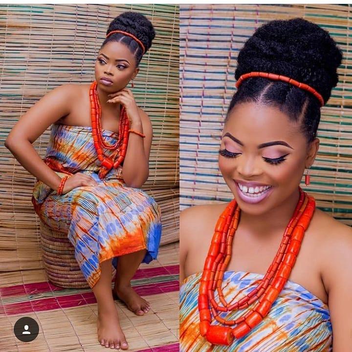 Ghana weaving shuku styles
