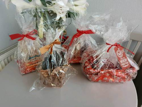 how to make hampers to sell