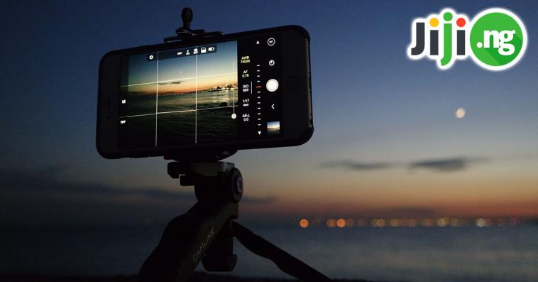 best camera smartphone under 20000